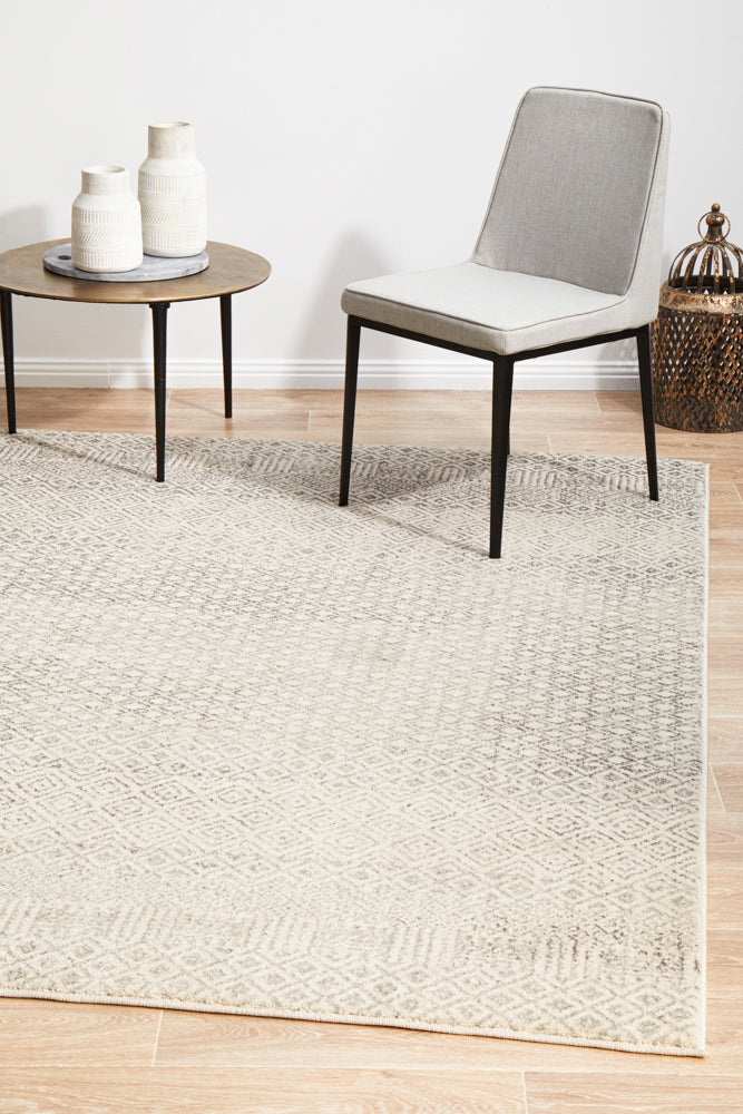 Summon Diamond Grey Transitional Rug