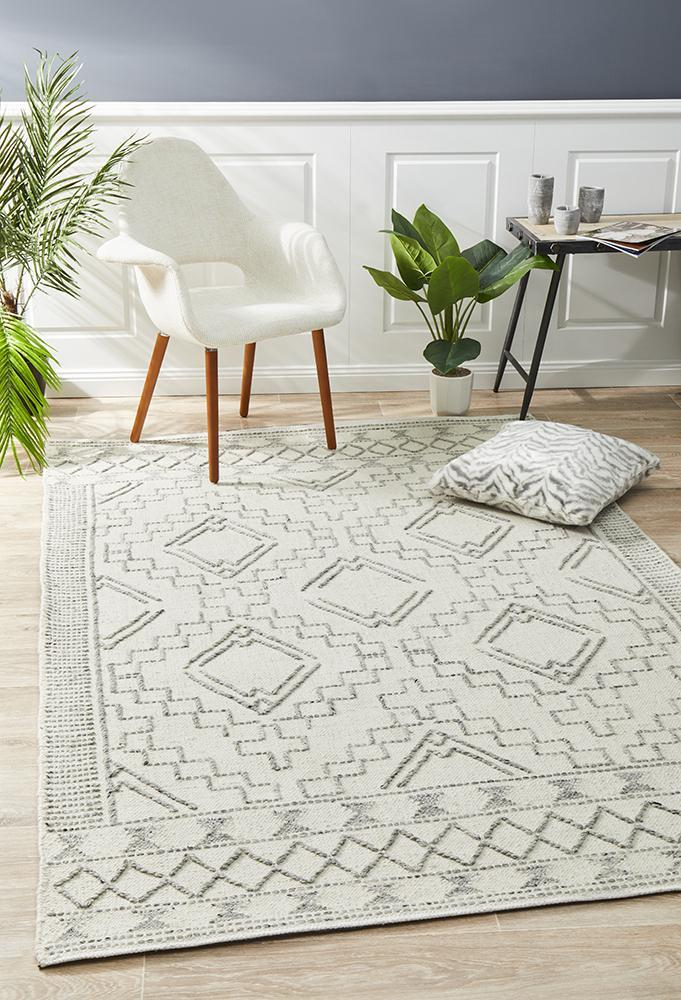 George EightOTwo Ivory Rug