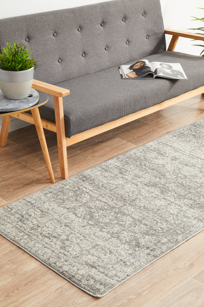 Gwyneth Stunning Transitional Silver Runner Rug