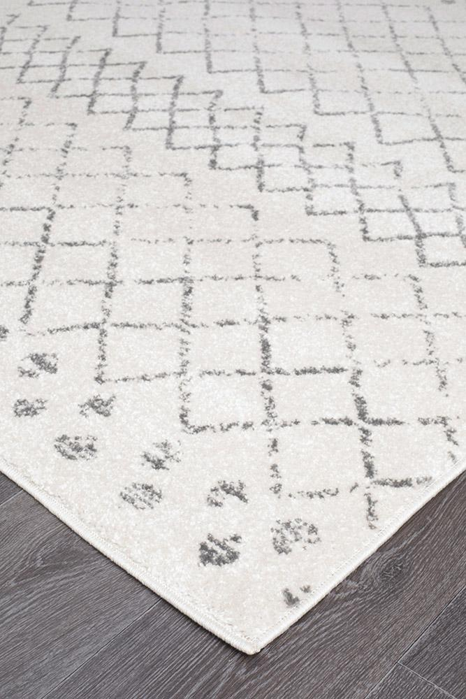 Gynama White Grey Tribal Runner Rug