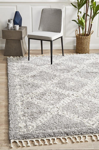Bisque Silver Rug