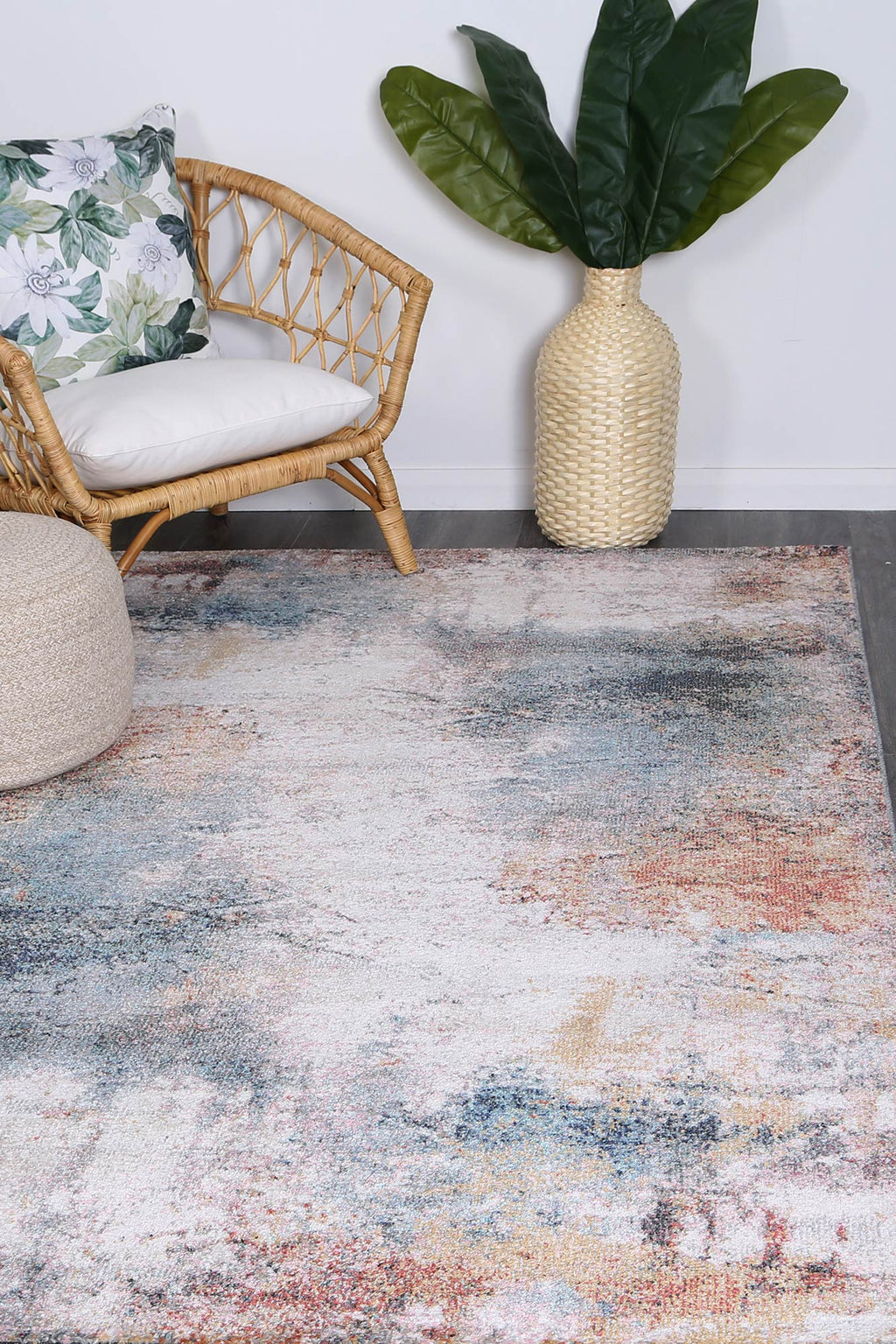 Chamber Saloon Abstract Soft Multi Rug