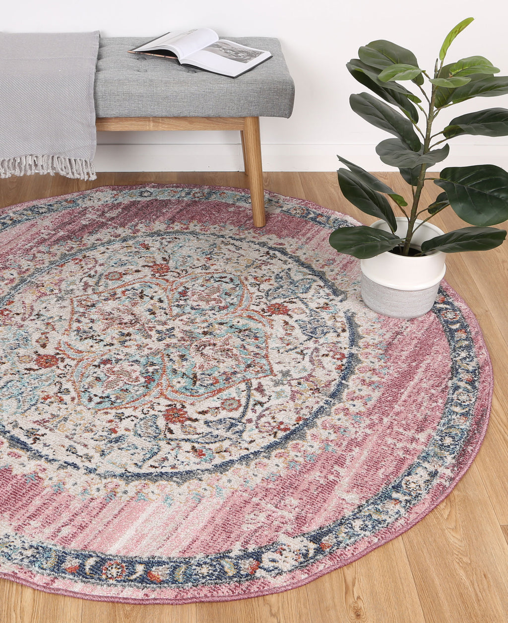 Chamber Medalion Transitional Blush Round Rug