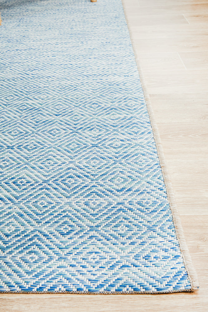 Courtyard Deck  blue Rug