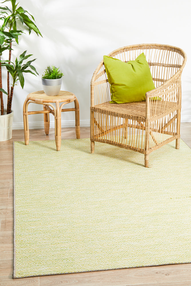 Courtyard Deck  Green Rug