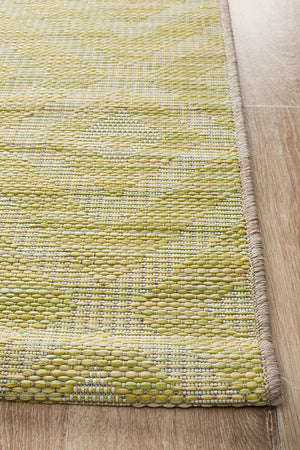 Courtyard Acin Green Lime Rug