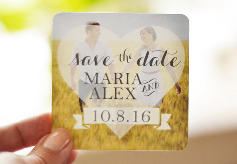 Save the Date Magnet - Love is in the Air, Heart (3x3 with rounded corners)