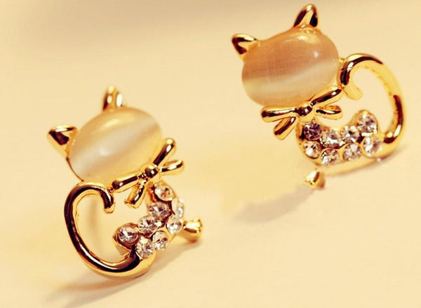 Kitty Cat Stud Earrings Super Cute Opal & Rhinestone