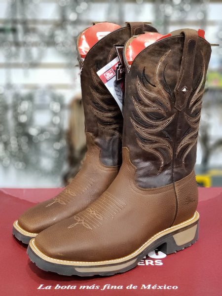 Bota modelo Dirty Dog de Rio Grande