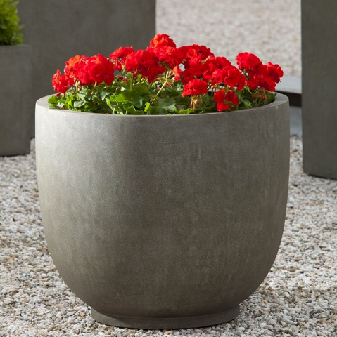 Campania International Danilo Planter in Concrete Lite