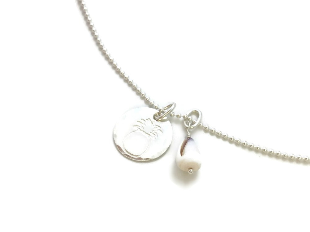 Pineapple Small Round & Shell Sterling Silver Necklace