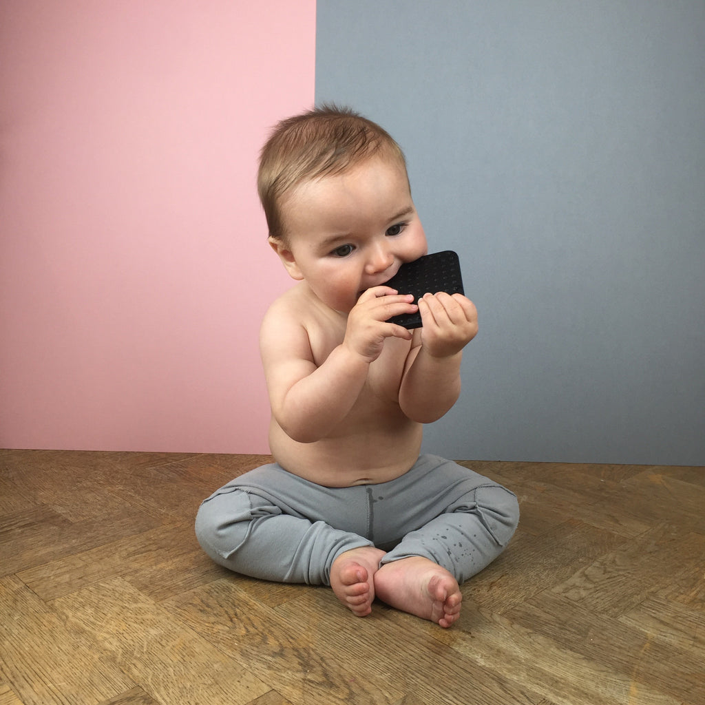 Black, Monocrome, black and white, simple shape, square, teether, teething ring, teething jewellery, stylish, BPA free, food grade, nursery inspiration, baby shower gift, stylish mummy, stylish baby