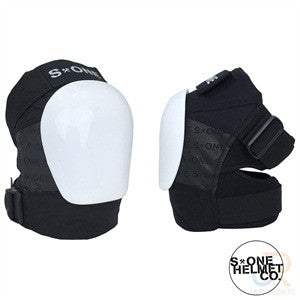 S1 Protection Black & White knee pads - Momma Trucker Skates