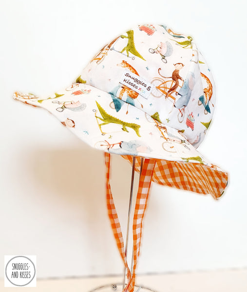 'Animals on BIkes' Print Wide Brim Sunhat and Bloomer Set