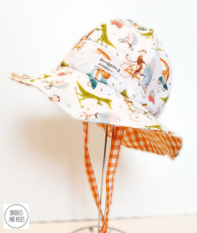 'Animals on Bikes' Print Reversible Sunhat-Wide Brim Style