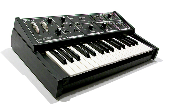 Moog Rogue Analog Synthesizer