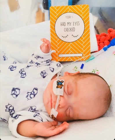 Tommy's premature baby milestone cards