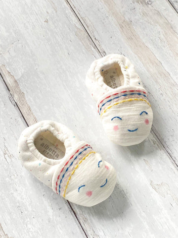 100% Cotton Smiley Face Booties (0-6 Months)