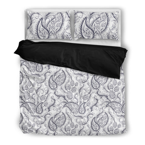 White Paisley Acorn - Bedding Set