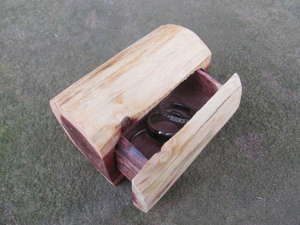 Log Rustic Ring Box | Country Wedding Ring Box | Barn Wedding Ring Box | Outdoor Wedding Ring Box