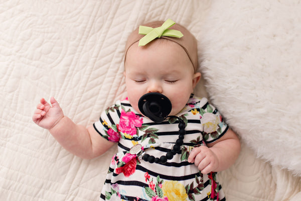 OLI pacifier - BLACK - Getting Sew Crafty