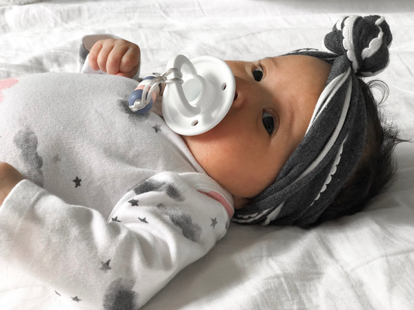 OLI pacifier - WHITE - Limited Edition