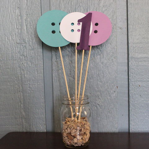 """Cute As A Button"" Table Centerpiece"