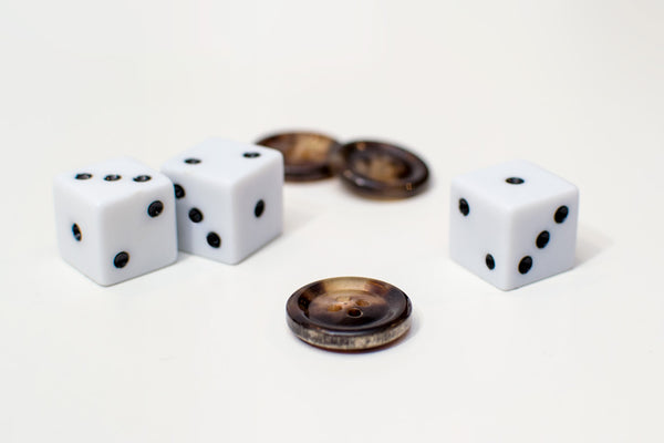 3 buttons and 3 dice