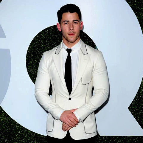Nick Jonas GQ suit too tight