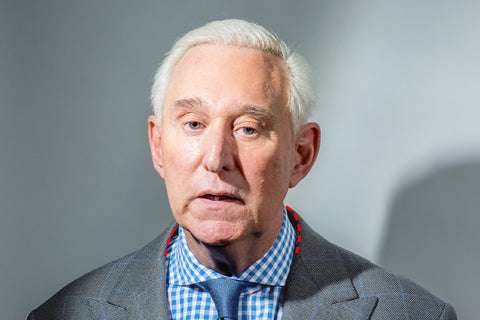 Roger Stone collar gap suit issue