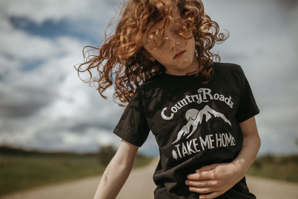 Country Roads | kid's tee