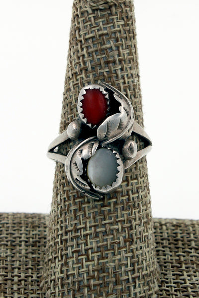 Navajo Sterling Silver Mother of Pearl & Coral Hand Stamped Leaf Ring, Size 8.25