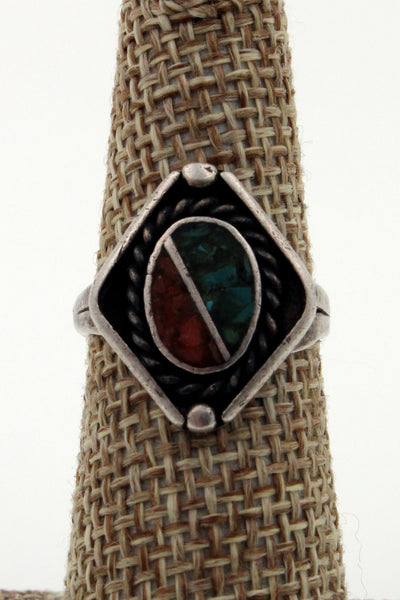 Zuni Sterling Silver Crushed Turquoise & Coral Rope Bezel Ring, Size 6.25