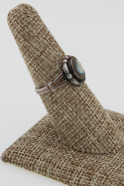 Fred Harvey Era Bell Trading Co Sterling Silver Mother of Pearl Ring, Size 7.5