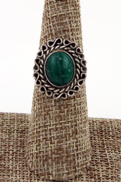Navajo Sterling Silver Malachite Ring with Hammered Silver Band Size 7