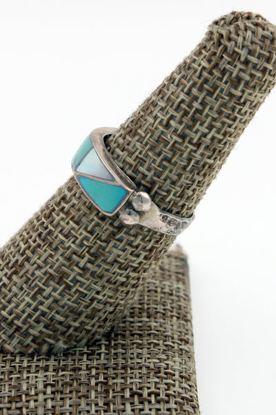Zuni Sterling Silver Turquoise & Mother of Pearl Hand Hammered Inlay Ring 7.5
