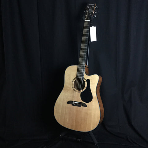 Alvarez AD30CE Electric/Acoustic Guitar