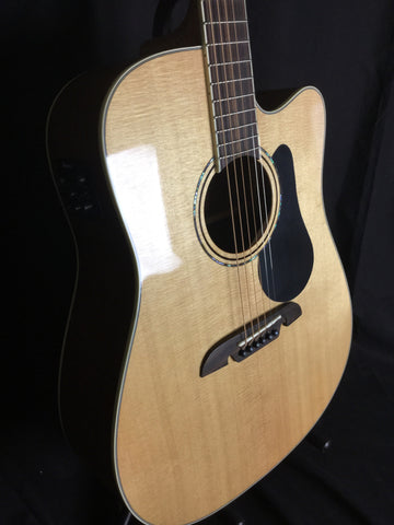 Alvarez AD60CE Solid Top Acoustic/Electric