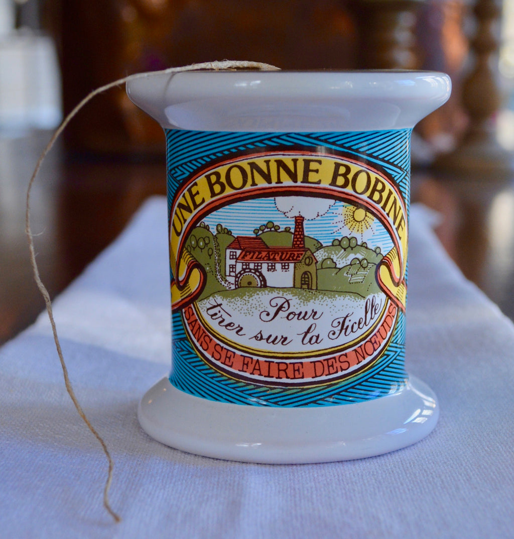 Vintage Estello Une Bonne Bobine French String Dispenser