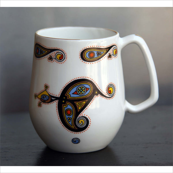 ROYAL TARA of Galway IRELAND Celtic Art Fine Bone China Made in Ireland Coffee or Tea Cup Gold painted Rim and Handle