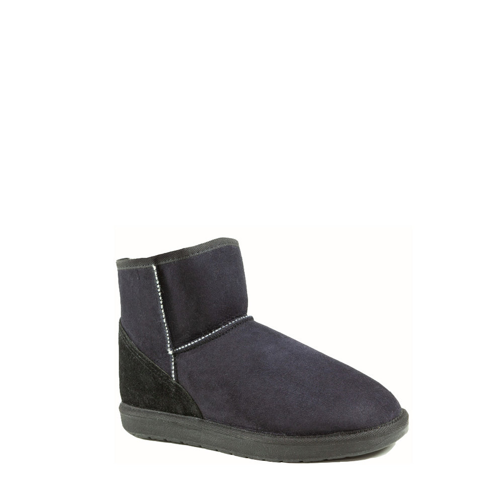 Load image into Gallery viewer, ICON MINI BLACK - PURE OZ AUSTRALIAN MADE SHEEPSKIN UGG BOOTS