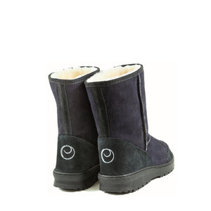 WANDER MID BLACK BACK - PURE OZ AUSTRALIAN MADE SHEEPSKIN UGG BOOT