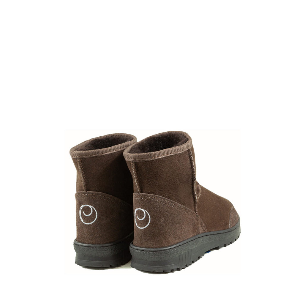 Load image into Gallery viewer, WANDER MINI MOCHA BACK MENS - PURE OZ AUSTRALIAN MADE SHEEPSKIN UGG BOOT