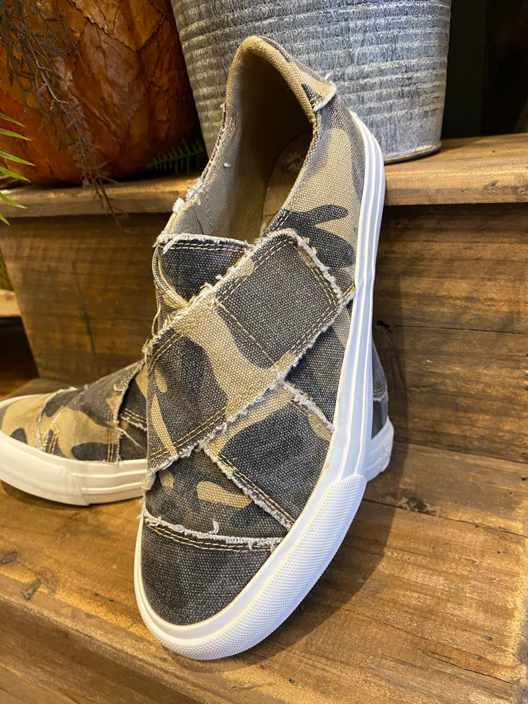 Camo Ivette Canvas Sneakers