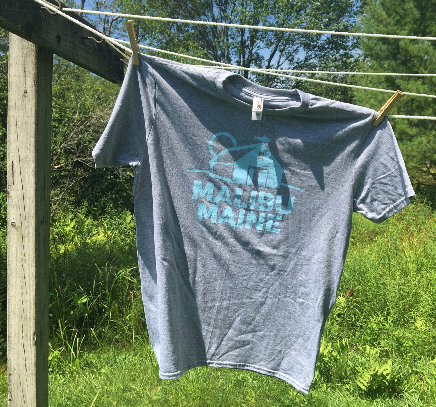 Malibu Maine Barn Logo T-Shirt - Light Grey