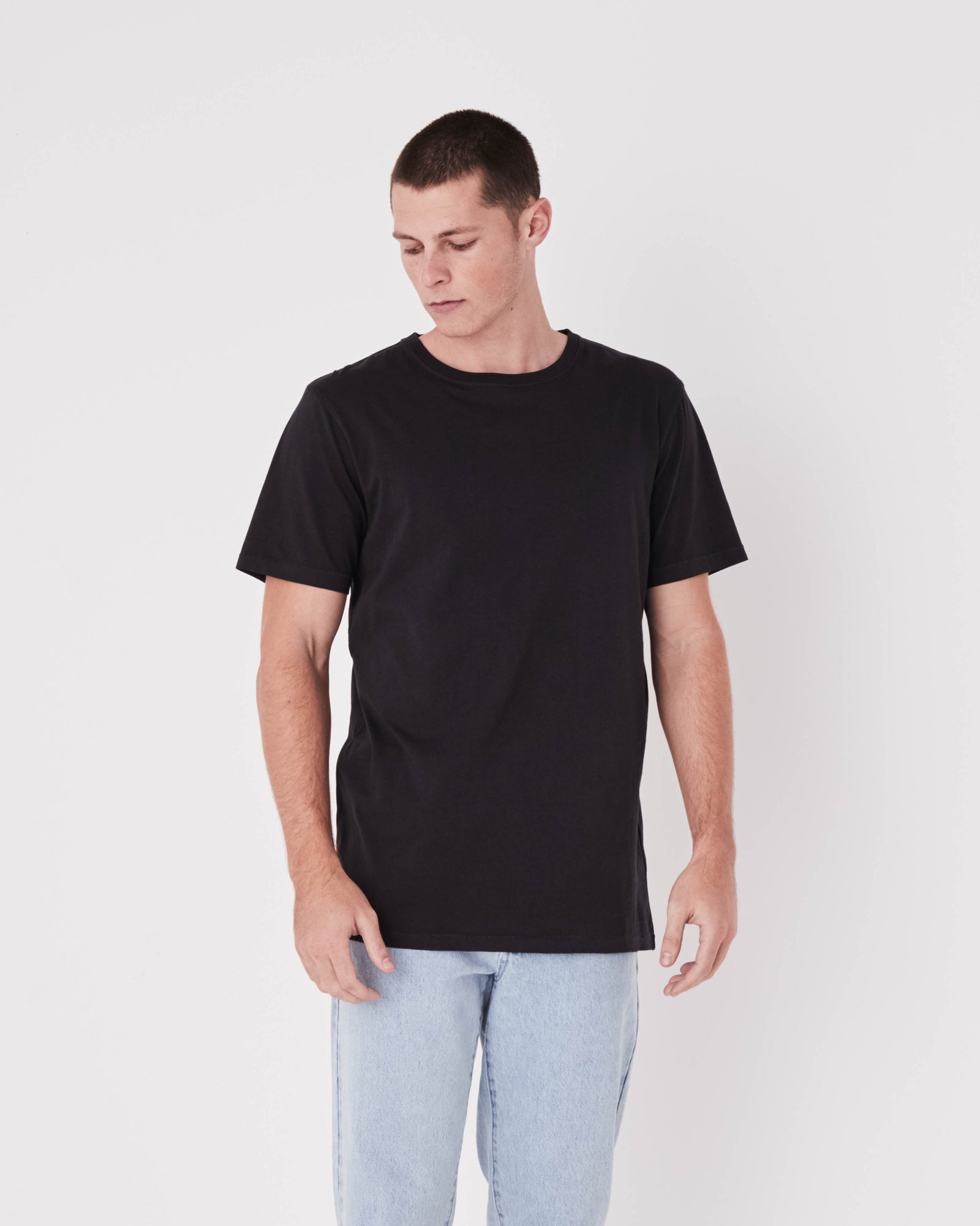 Mens Standard Cotton Jersey Everyday Tee Black