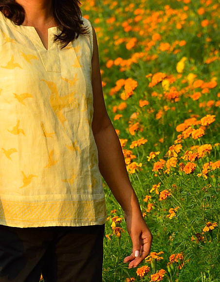 PURE LINEN TOP IN YELLOW WITH BIRDS IN FLIGHT