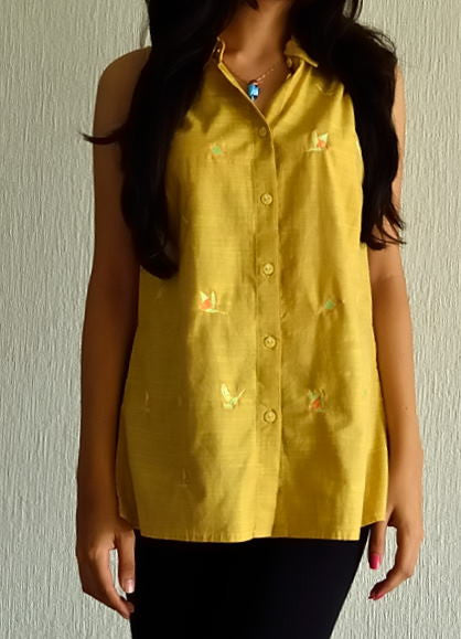 EMBROIDERED COTTON TOP OCHERE WITH BUTTONS