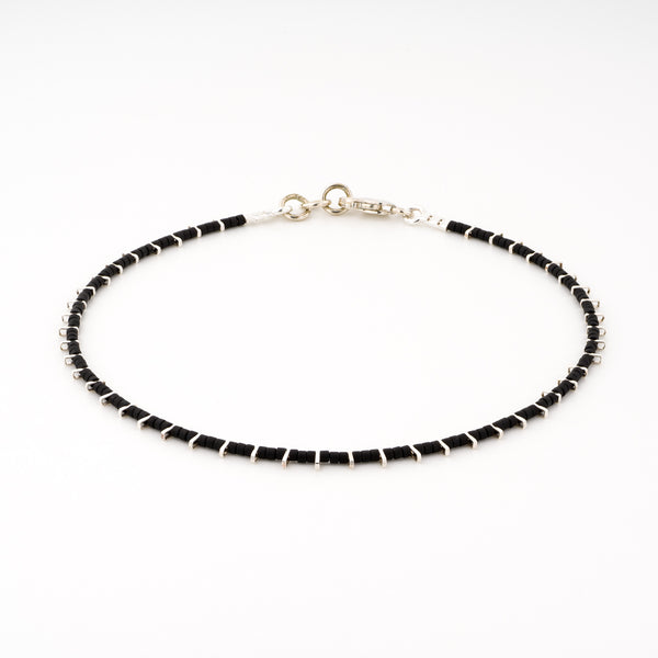 KEEP IT SIMPLE - One Row Anklet - Silver & Black