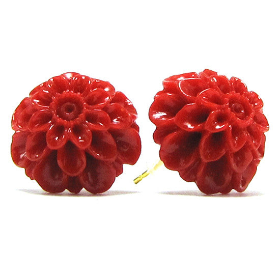 17mm synthetic coral carved chrysanthemum flower earring pair red S1